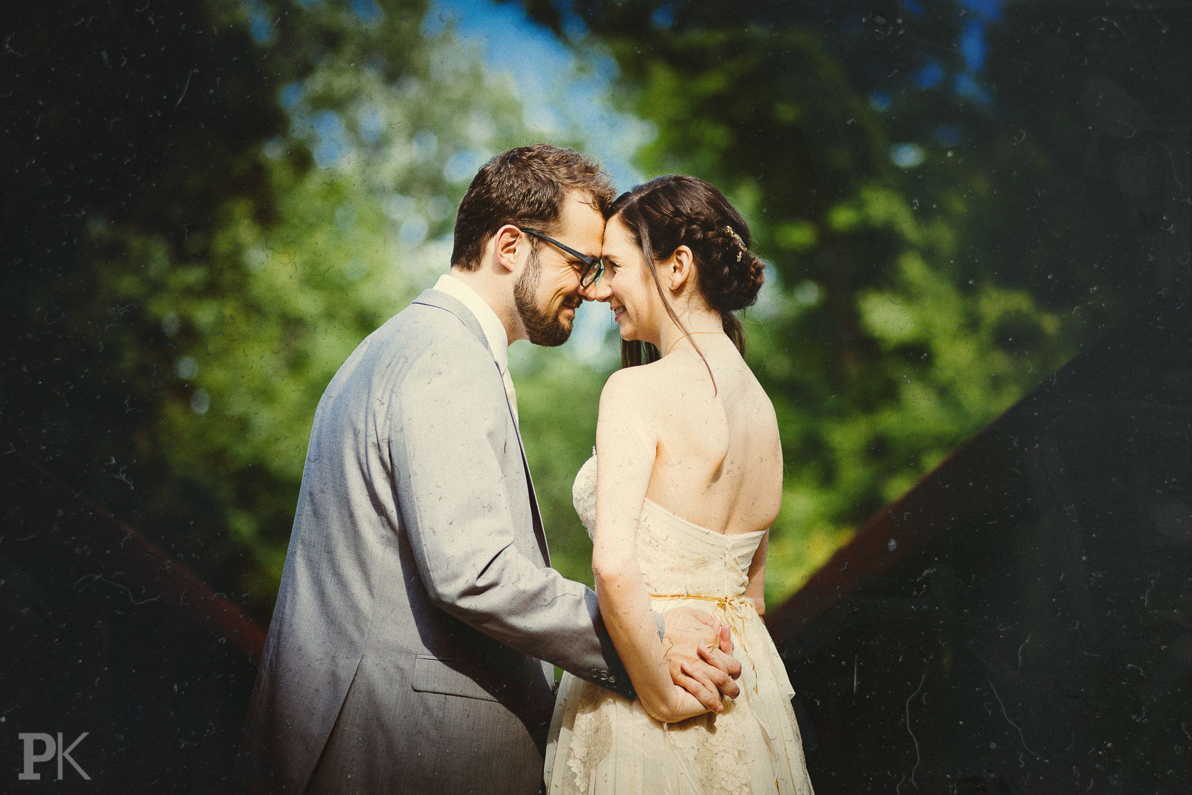 wedding photography post-pressing